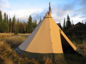 Boende i tältkåta på jaktmarken